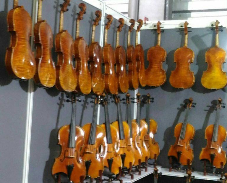 徵小提琴老師台北提琴老師,可到府教授提琴老師